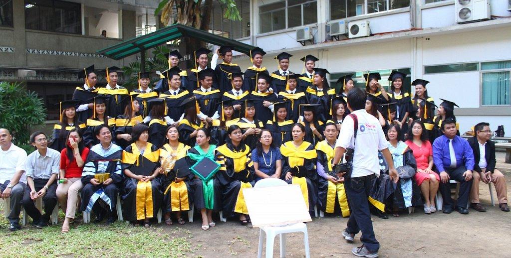 Grad_Pictorials_Morning_39.JPG