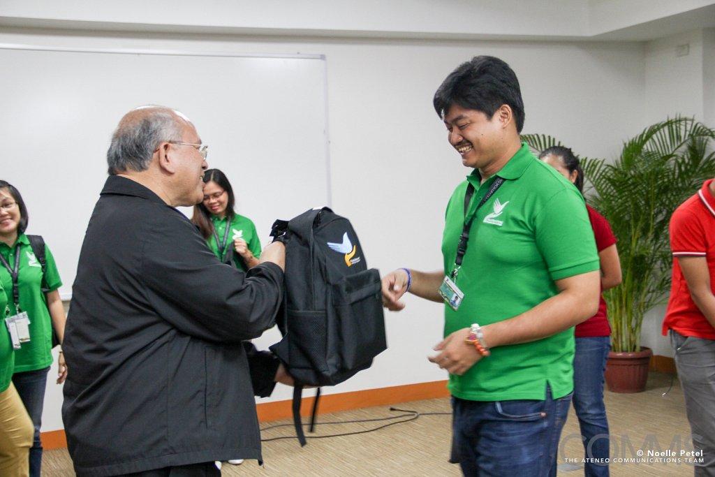 2016-05-30 Pakighinabi: Volunteerism for Education and Peacebuilding
